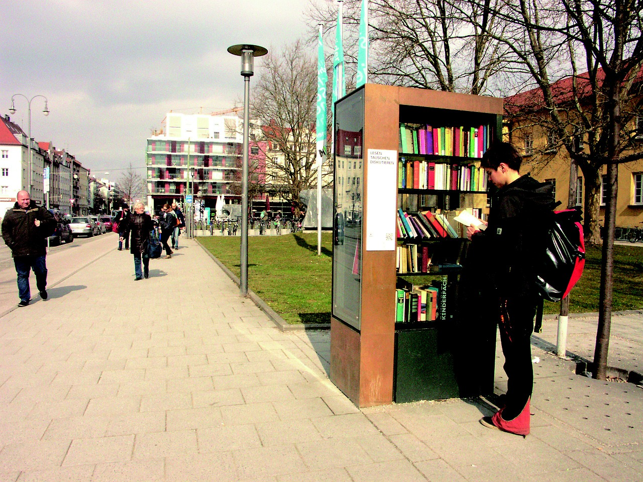 Büchertelefonzelle – offener Bücherschrank für Krenglbach