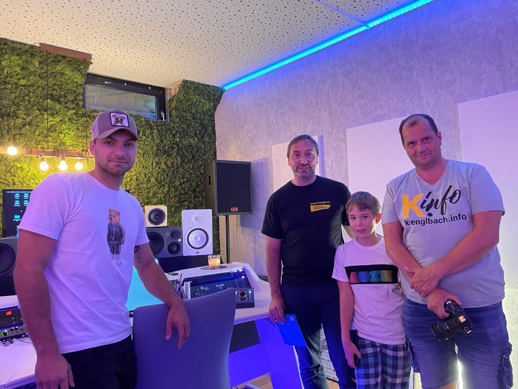 André Jayden – DJ aus Krenglbach dreht im Ort
